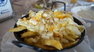Huevos Rotos con Patata